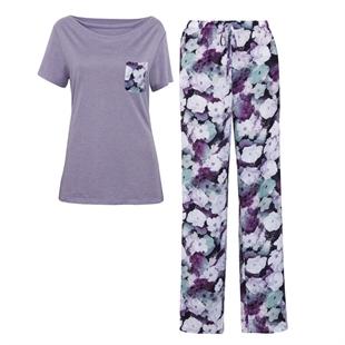 Женская домашняя одежда: футболка, брюки