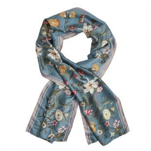 Женский шарф с цветочным принтом